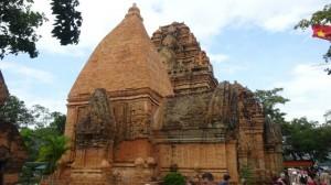 Cham temple1